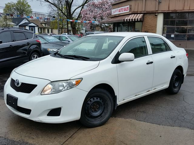 2010 TOYOTA COROLLA CE 5spd in St Catharines, Ontario