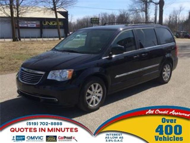 2011 chrysler town and country touring leather heated seats london ontario car for sale 2757721. Black Bedroom Furniture Sets. Home Design Ideas