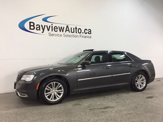 2016 CHRYSLER 300 LTD- PANOROOF! LEATHER! NAV! REM START! UCONNECT! in Belleville, Ontario