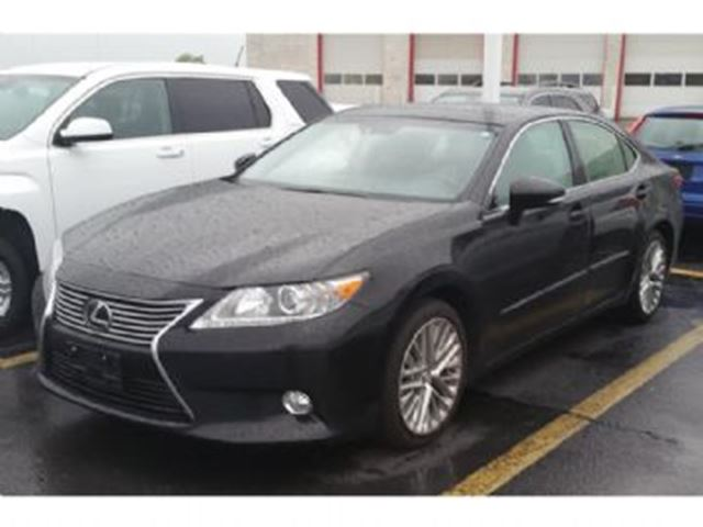 2013 LEXUS ES 350 TECH PACKAGE in Mississauga, Ontario