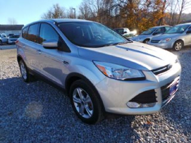 2014 Ford Escape 2.0L FWD SE ~ LOW KM's in Mississauga, Ontario