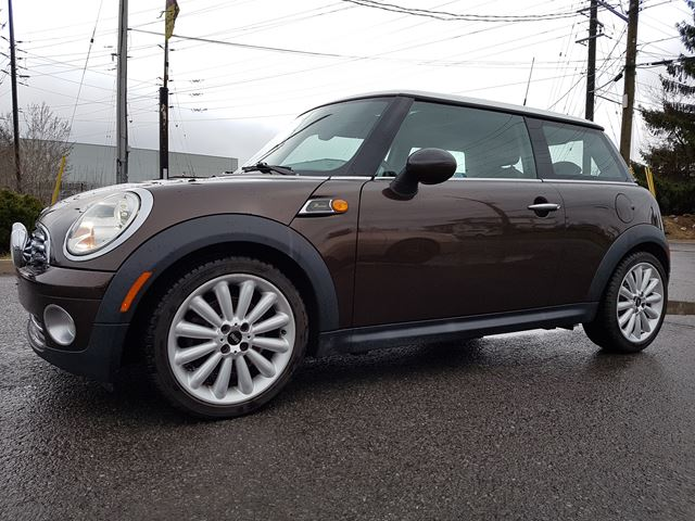 2010 MINI Cooper MAYFAIR EDITION, BLUETOOTH, HARMON KARDON, PANORAMIC/SUNROOF, 90 KMS in Ottawa, Ontario