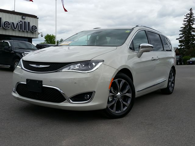 2017 Chrysler Pacifica Limited-navigation-DVD player in Belleville, Ontario