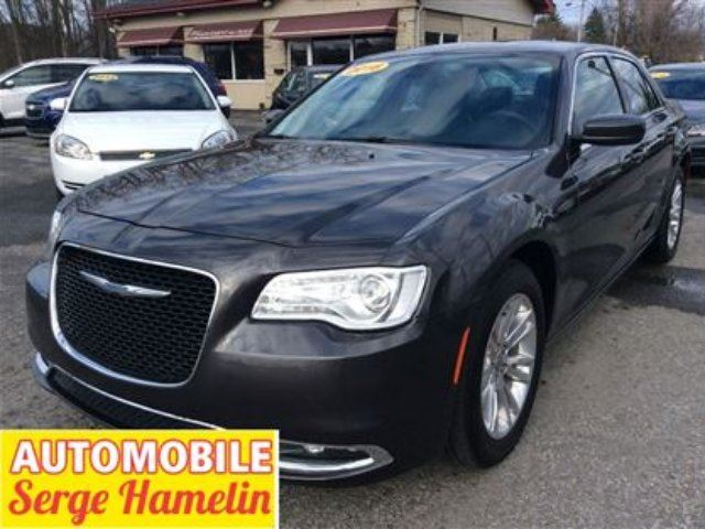 2016 Chrysler 300 Touring in Chateauguay, Quebec