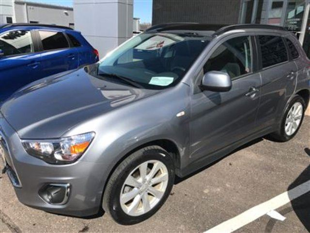 2014 Mitsubishi RVR GT 4x4, Leather, Moonroof, Dealer Serviced! in Thunder Bay, Ontario