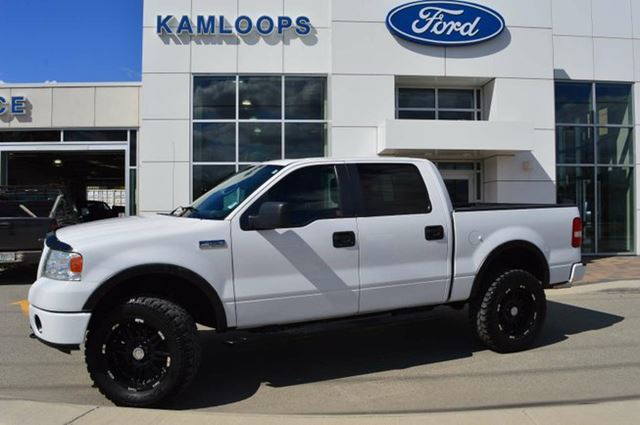 2008 FORD F-150 FX4 4x4 SuperCrew Cab Styleside 5.5 ft. box 139 in. WB in Kamloops, British Columbia