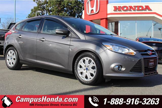 2012 FORD FOCUS SE 5DR HB in Victoria, British Columbia