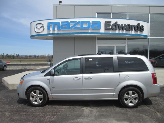 2009 DODGE GRAND CARAVAN SE in Pembroke, Ontario