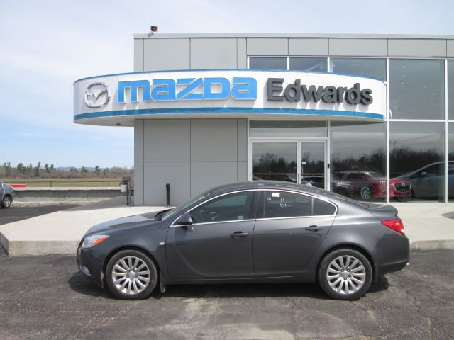 2011 Buick Regal CXL Turbo in Pembroke, Ontario