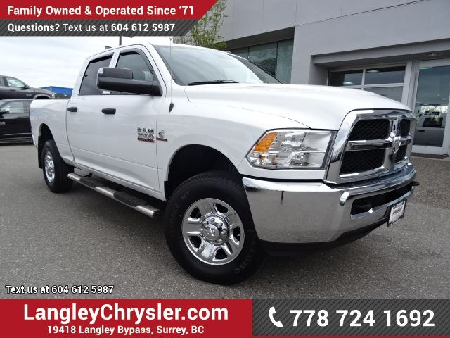 2015 Dodge RAM 3500 ST ACCIDENT FREE w/ 4X4, 6-SPEED MANUAL & REAR-VIEW CAMERA in Surrey, British Columbia