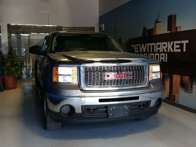 2009 GMC Sierra 1500 SLE CrewCab All-In Pricing $253 b/w +HST in Newmarket, Ontario