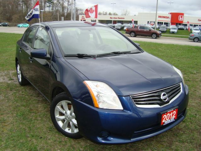 2012 Nissan Sentra 2.0 S CVT Accident Free in Cambridge, Ontario