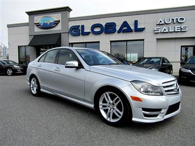2013 Mercedes-Benz C-Class C300 4MATIC Sport Sedan NAVIGATION PANOR. ROOF in Ottawa, Ontario