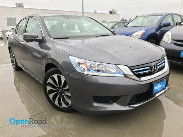 2014 Honda Accord Hybrid Touring Hybrid A/T Local Bluetooth Leather Sunr in Port Moody, British Columbia