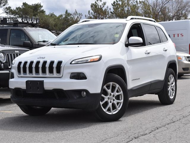 2016 JEEP CHEROKEE NORTH PACKAGE V6 4X4 in Barrie, Ontario