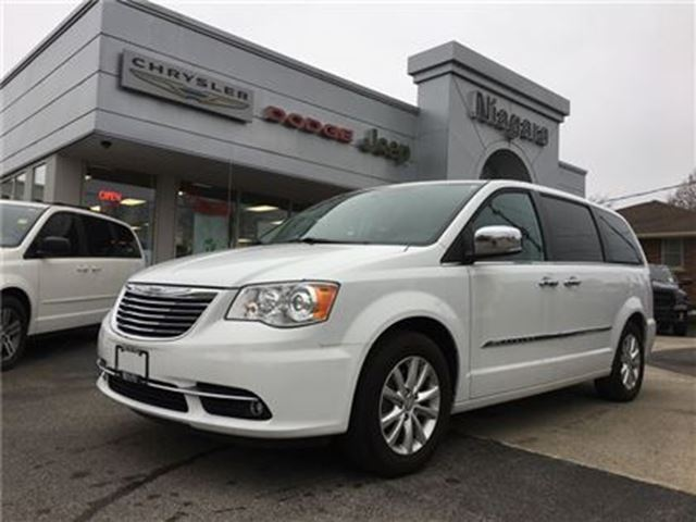 2016 CHRYSLER TOWN AND COUNTRY LIMITED,LEATHER,PWR DOORS,LIFTGATE,ALLOYS in Niagara Falls, Ontario