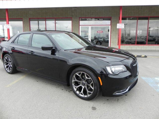 2016 CHRYSLER 300 S LEATHER Accident Free, Leather, Heated Seats, Back-up Cam, A/C, - Edmonton in Sherwood Park, Alberta