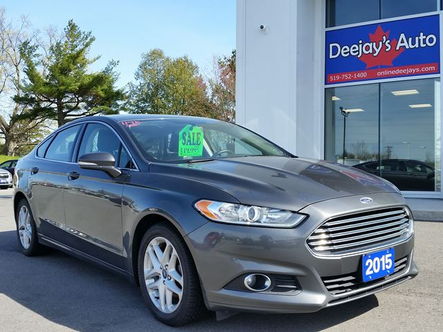 2015 FORD Fusion SE in Brantford, Ontario