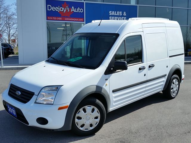 2010 FORD Transit Connect XLT in Brantford, Ontario