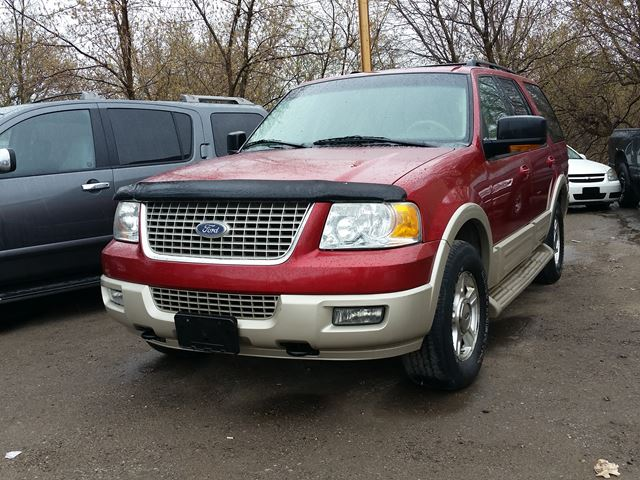 2005 Ford Expedition Eddie Bauer,cert&etested..low kms!! in Oshawa, Ontario
