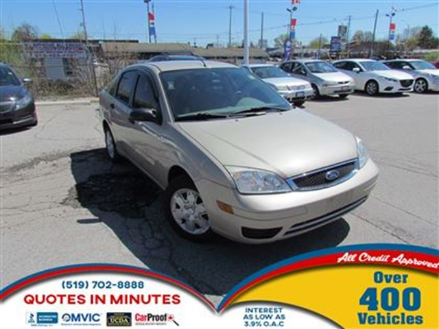 2007 FORD FOCUS ZX4   GREAT FIRST CAR in London, Ontario
