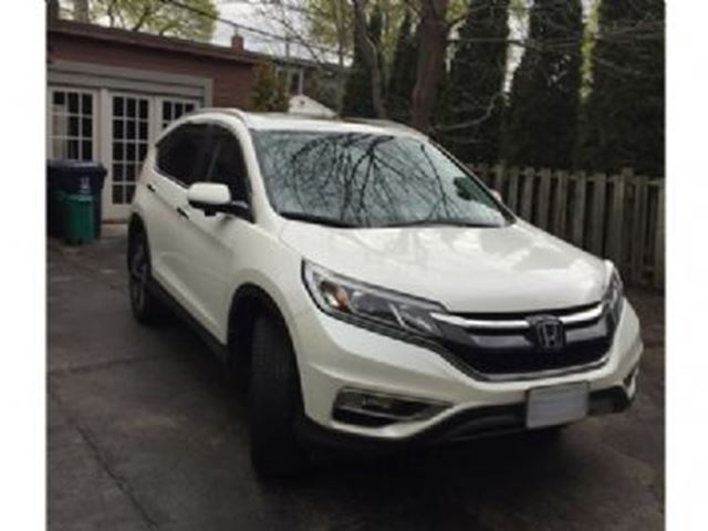 2015 Honda CR-V AWD 5dr Touring ~ Very Very Nice ~ in Mississauga, Ontario