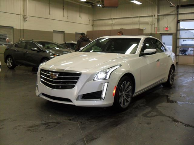 2016 Cadillac CTS Luxury AWD in Blainville, Quebec