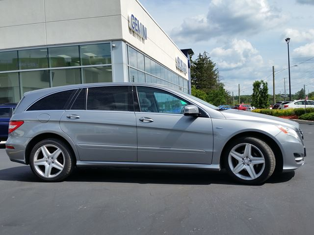 2011 Mercedes Benz R Class R350 Bluetec Awd Includes