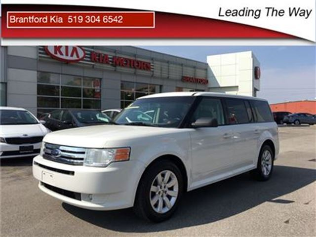 2010 Ford Flex SE in Brantford, Ontario