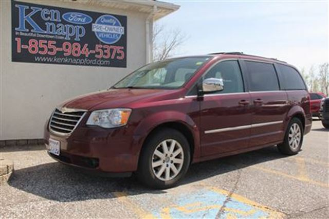 2009 Chrysler Town and Country Touring in Essex, Ontario