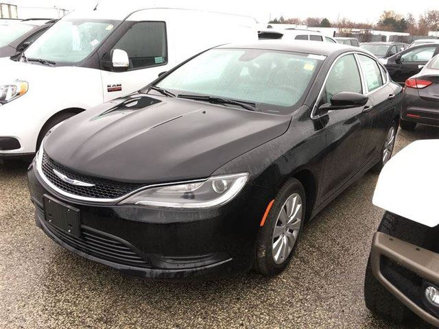 2016 Chrysler 200 LX! BLOW OUT @ $19990.00 in Mississauga, Ontario