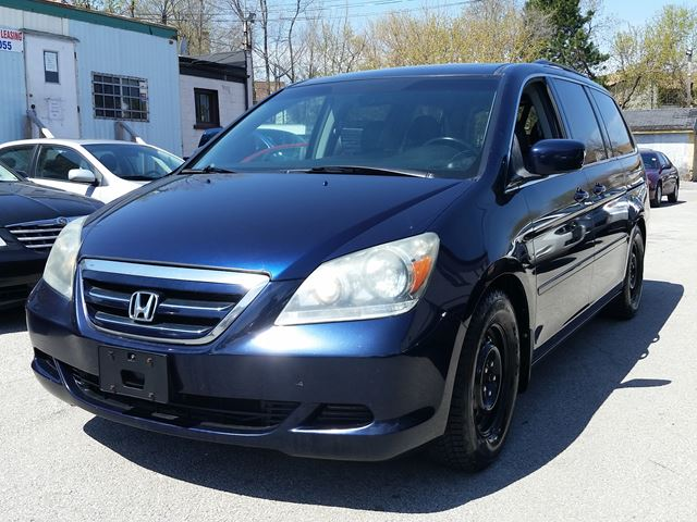 2006 Honda Odyssey EX-L*LEATHER*SUNROOF*2SETS OF TIRE in Scarborough, Ontario