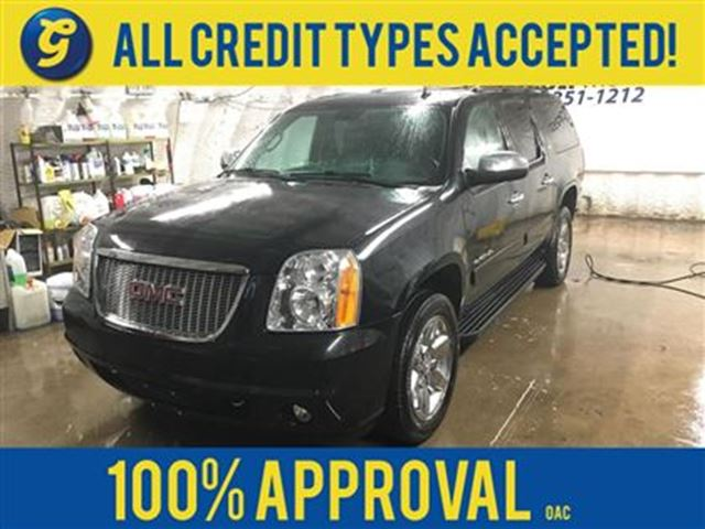 2011 GMC Yukon XL SLT*NAVIGATION*LEATHER**DVD*PARK ASSIST*BACKUP CAM in Cambridge, Ontario