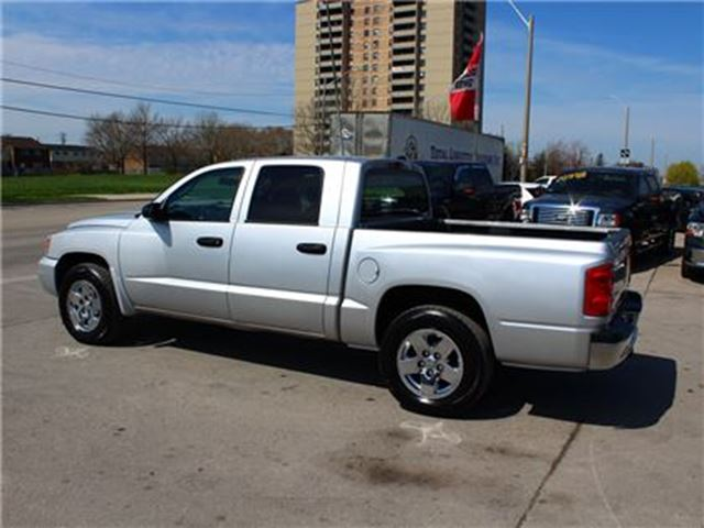 2006 dodge dakota slt 4x4 4 7l v8 crew cab chrome wheels. Black Bedroom Furniture Sets. Home Design Ideas