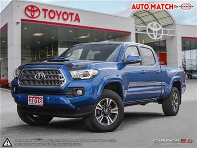 2016 TOYOTA TACOMA - in Barrie, Ontario