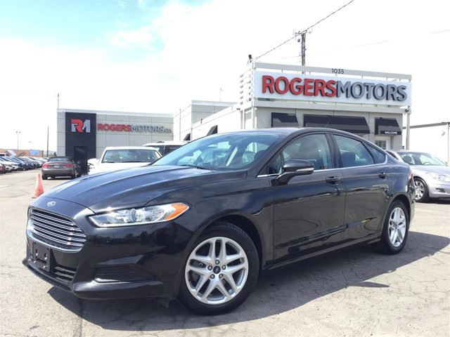 2015 Ford Fusion SE - BLUETOOTH - REVERSE CAM in Oakville, Ontario