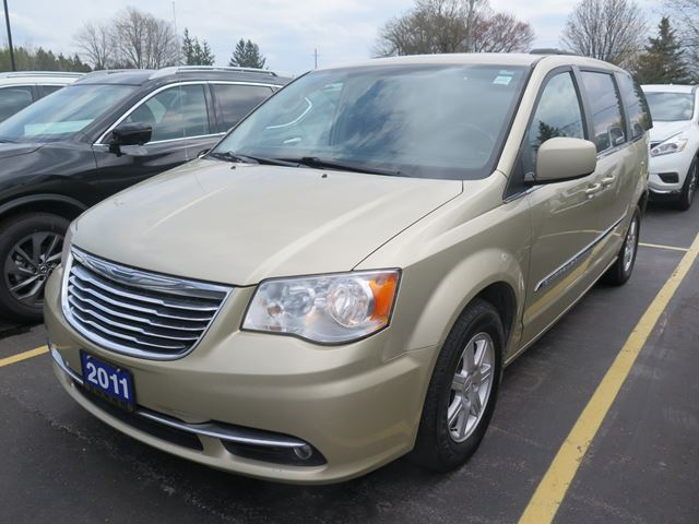 2011 CHRYSLER TOWN AND COUNTRY Touring in Stratford, Ontario