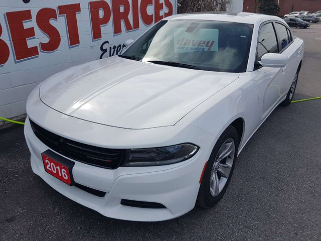 2016 Dodge Charger SXT in Oshawa, Ontario
