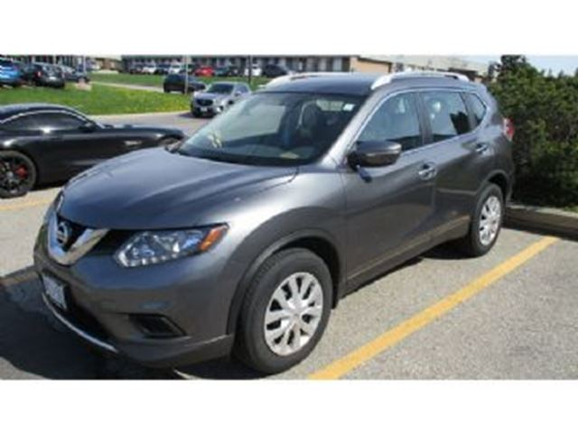 2015 NISSAN ROGUE FWD 4dr S w/Excess Wear And Tear Protection in Mississauga, Ontario