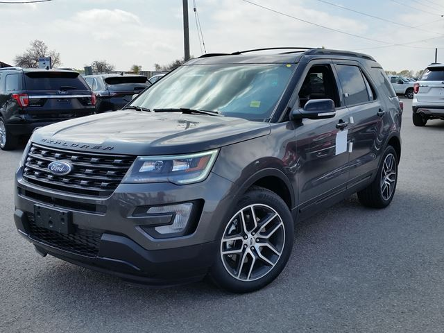 2017 Ford Explorer Sport in Port Perry, Ontario