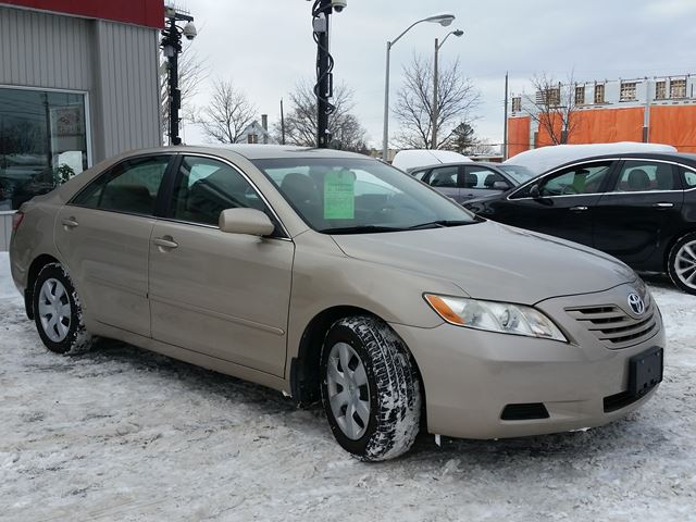 2007 toyota camry le ottawa ontario car for sale 2763282. Black Bedroom Furniture Sets. Home Design Ideas