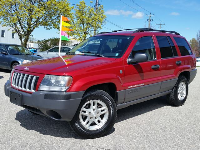 2004 JEEP GRAND CHEROKEE Laredo 4x4 in Cambridge, Ontario