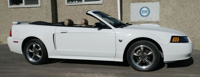 2004 Ford Mustang GT CONVERTIBLE - LEATHER - ONLY 74,000 KMS!! in Ottawa, Ontario