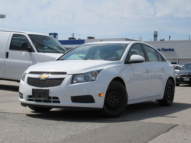 2014 Chevrolet Cruze LEATHER & SUNROOF in Woodbridge, Ontario