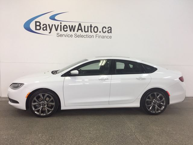 2016 CHRYSLER 200 S- PANOROOF! REM START! LEATHER! NAV! ALPINE! in Belleville, Ontario