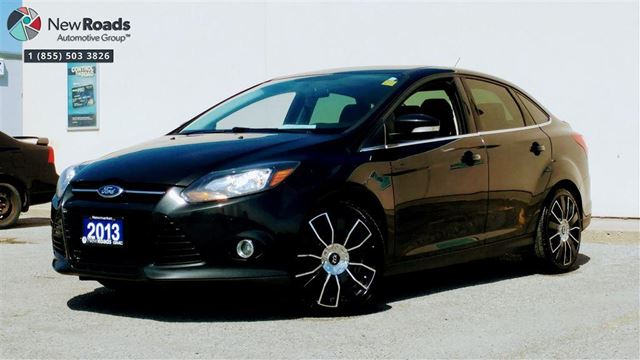 2013 FORD FOCUS Titanium Titanium, NAV, LEATHER, ROOF, ALLOYS in Newmarket, Ontario
