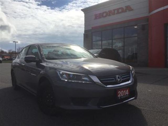 2014 Honda Accord Hybrid Base in Huntsville, Ontario