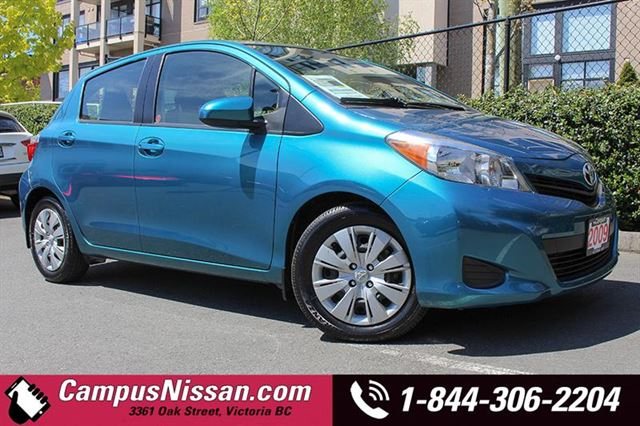 2013 TOYOTA YARIS LE Hatchback in Victoria, British Columbia