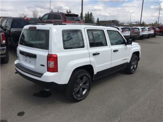 2017 jeep patriot sport se 4wd heated seats okotoks alberta car for sale 2776437. Black Bedroom Furniture Sets. Home Design Ideas