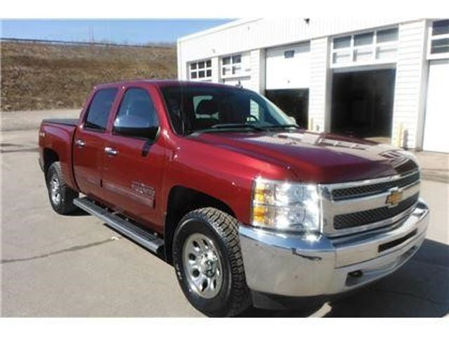 2013 CHEVROLET SILVERADO 1500 LS Cheyenne Edition in New Glasgow, Nova Scotia